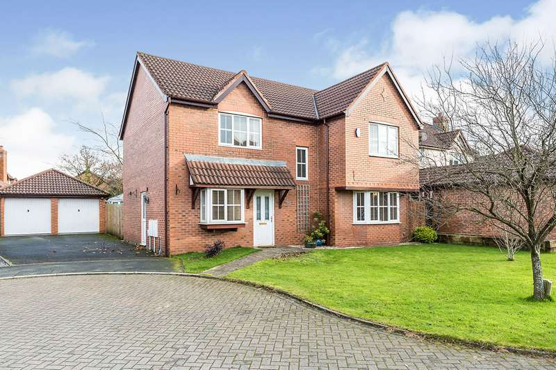 4 Bedrooms Detached House for sale in Bluebell Way, Bamber Bridge, Preston, PR5