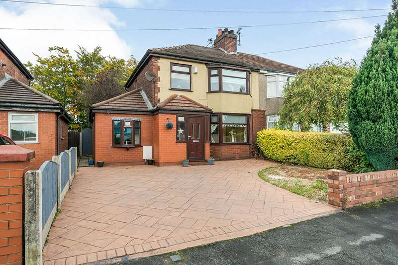 3 Bedrooms Semi Detached House for sale in East Lancashire Road, Astley, M29