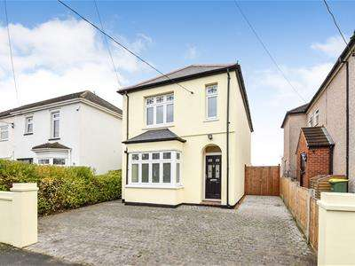 5 Bedrooms Detached House for sale in Daws Heath Road, Rayleigh