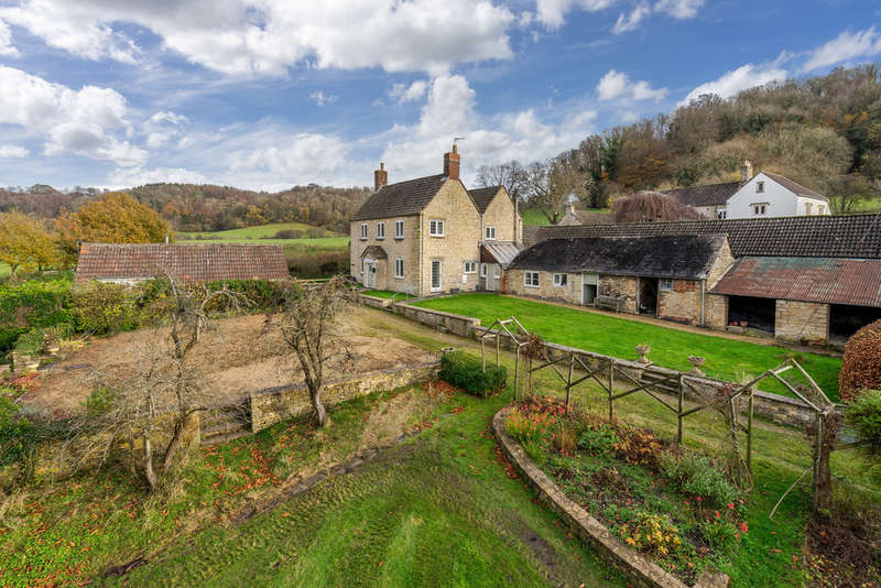 4 Bedrooms Detached House for sale in Owlpen, Nr Uley