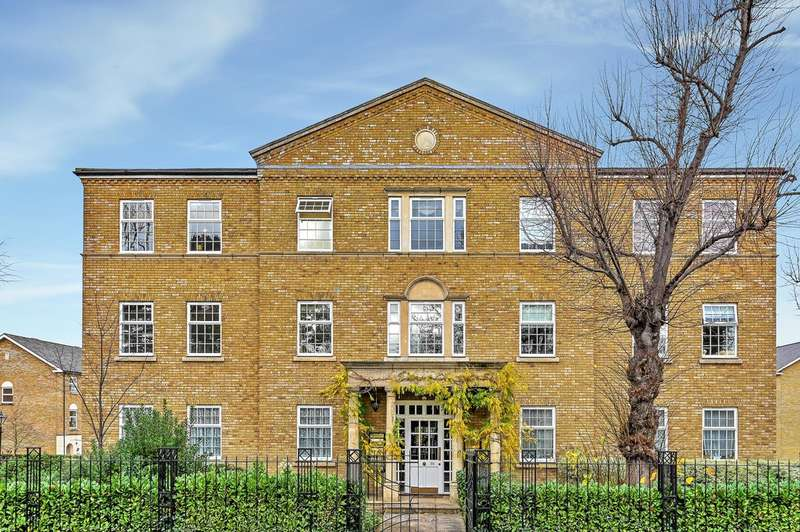 1 Bedroom Flat for rent in Balaclava Road, Long Ditton