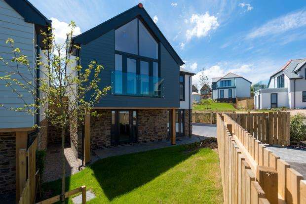 3 Bedrooms Detached House for sale in Bellier's Close, St. Ives, Cornwall