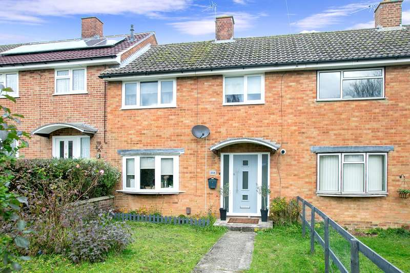 3 Bedrooms Terraced House for sale in St Peters Road, South Ham, Basingstoke, RG22