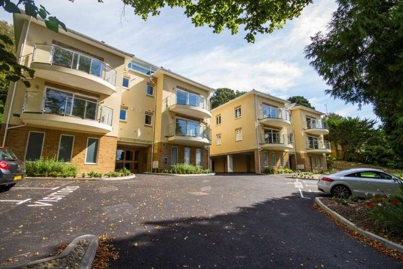 2 Bedrooms Apartment Flat for rent in Springfield Road, Poole, BH14