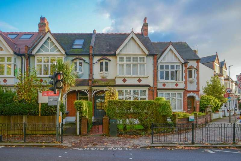 4 Bedrooms House for sale in Clapham Common West Side, London, SW4