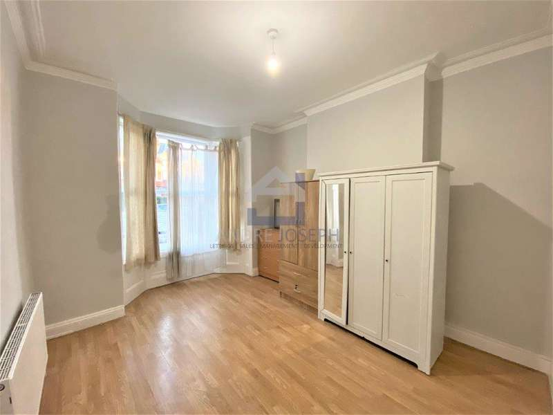 5 Bedrooms Terraced House for rent in Vant Road, Tooting Broardway, London, SW17 8TJ