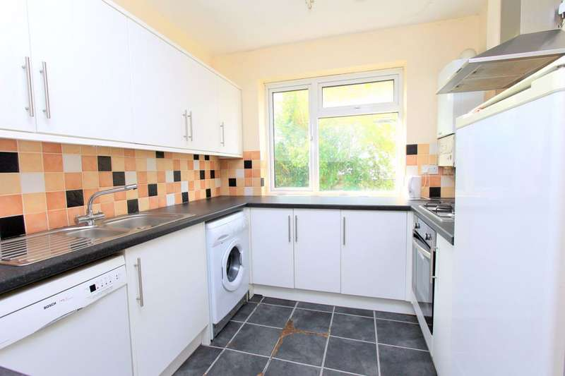 7 Bedrooms Property for rent in Bevendean Crescent, Brighton,BN2 4RD