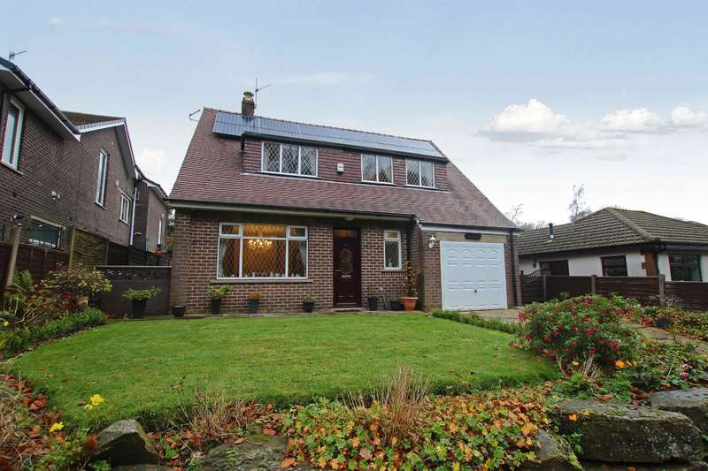 3 Bedrooms Detached House for sale in Manor Road, Darwen, BB3 2SN
