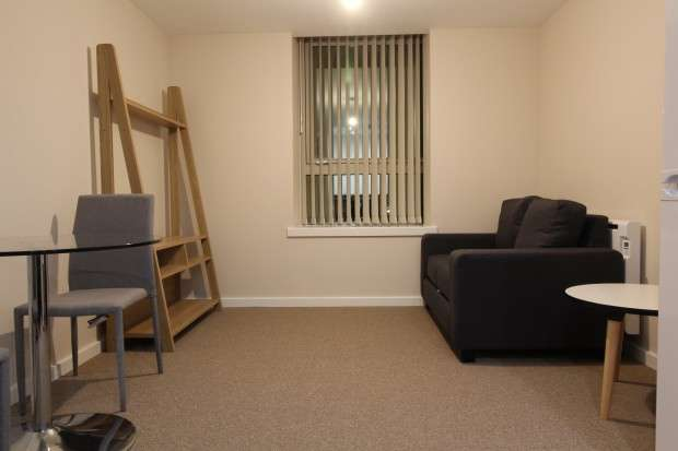 1 Bedroom Apartment Flat for rent in Roberts House 80 Manchester Road, Altrincham, WA14