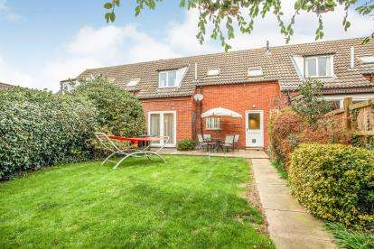 4 Bedrooms Terraced House for sale in High Street, Attleborough, Norfolk