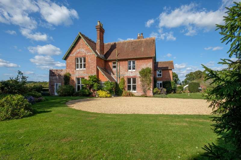 6 Bedrooms Detached House for sale in Shalfleet, Isle of Wight