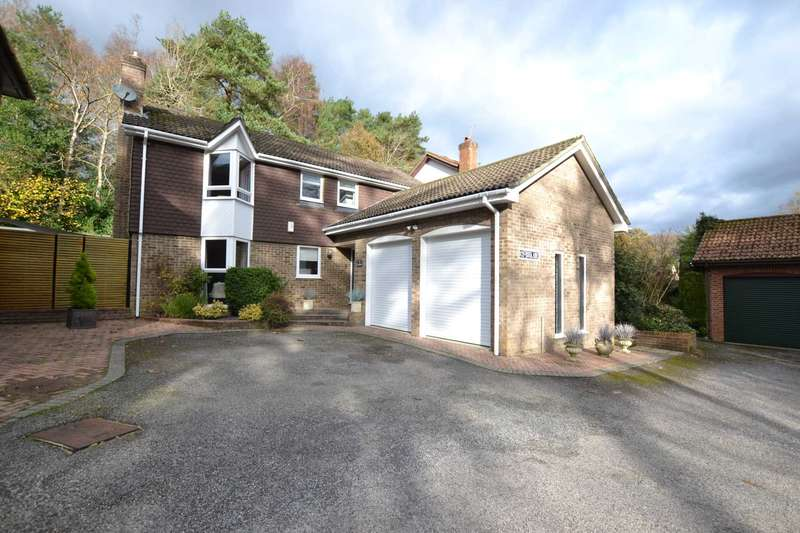 4 Bedrooms Detached House for sale in Foxglade, Walldown Road, Whitehill, Hampshire, GU35