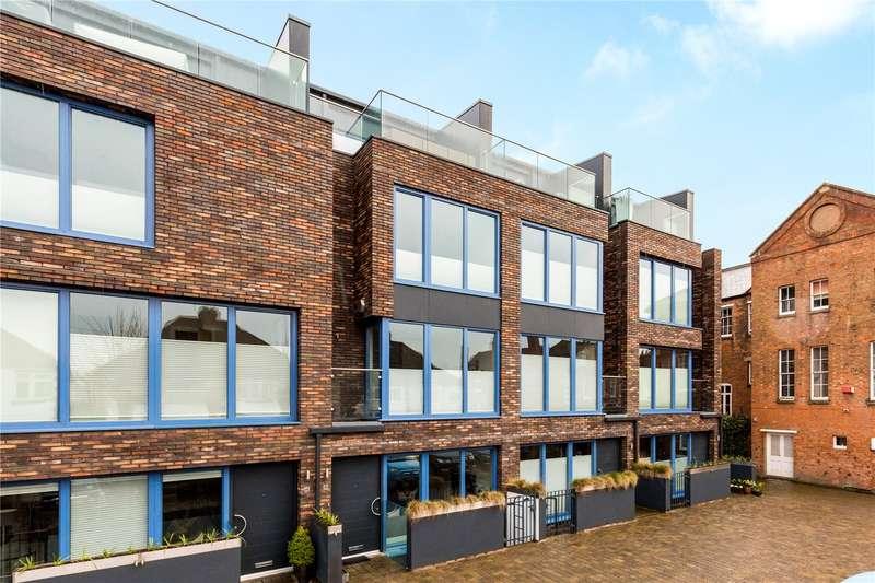 4 Bedrooms House for sale in Chestnut Walk, Stratford-upon-Avon, CV37