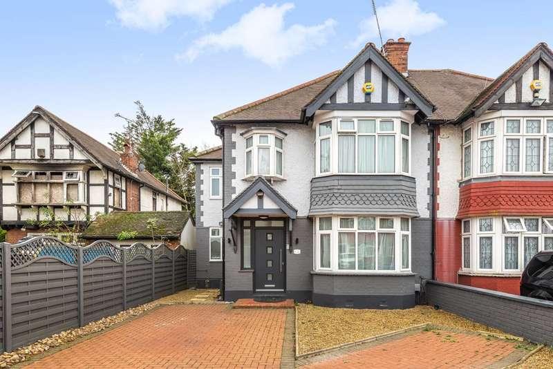 4 Bedrooms Semi Detached House for sale in Castleton Gardens, Wembley Park, HA9