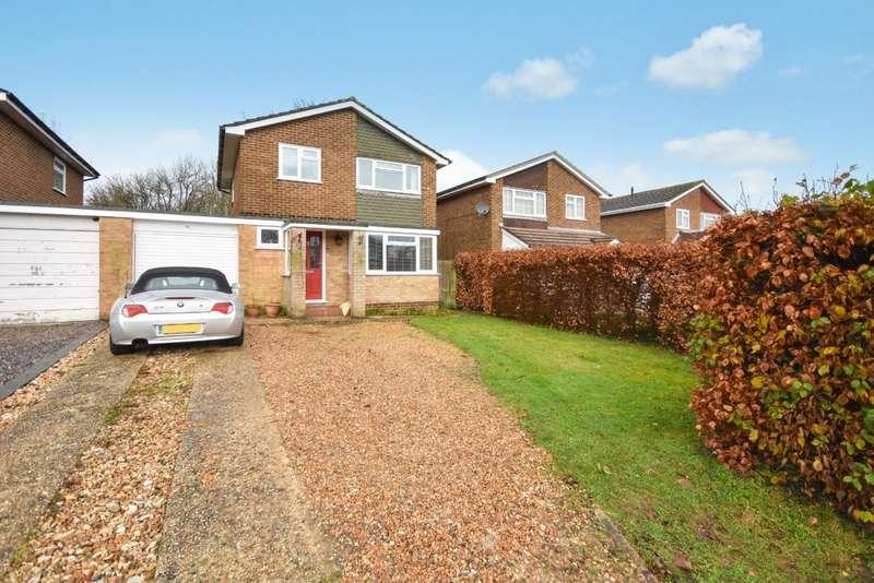 4 Bedrooms Link Detached House for sale in Kempshott, Basingstoke, RG22
