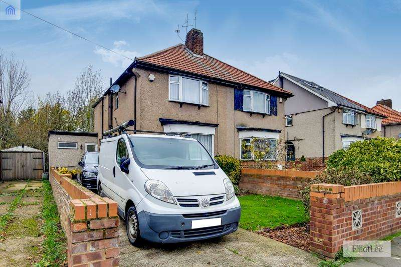 3 Bedrooms Semi Detached House for sale in Laughton Road, Northolt, Middlesex