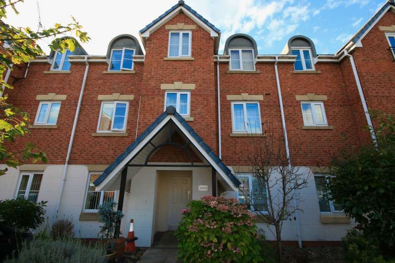 2 Bedrooms Apartment Flat for rent in Meadow View Orrell Wigan WN5 8QG