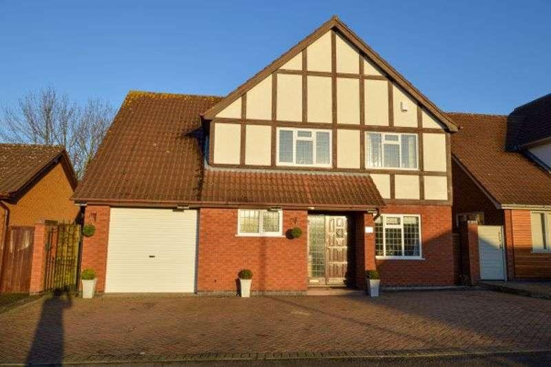 4 Bedrooms Property for sale in Caldon Close, Hinckley