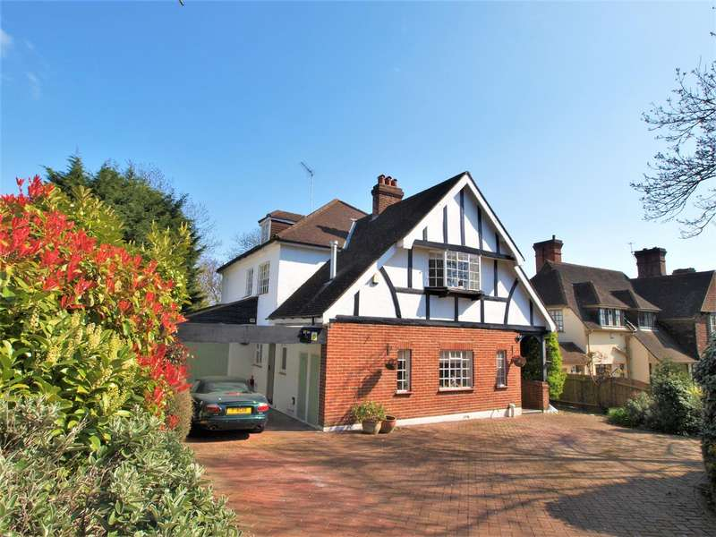 5 Bedrooms Detached House for sale in Downs Hill, Beckenham, BR3