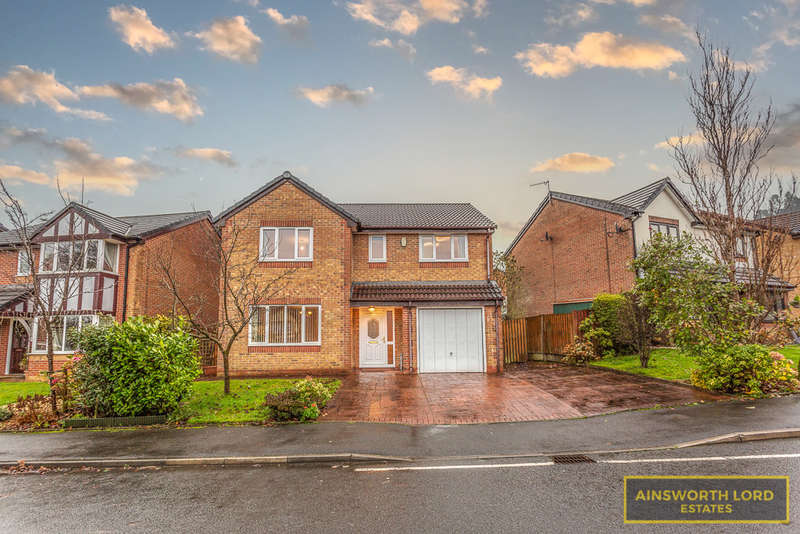 4 Bedrooms Detached House for sale in Dalglish Drive, Ferhurst Farm, Blackburn