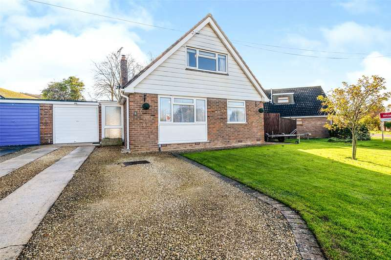 4 Bedrooms Detached Bungalow for sale in St. Barnabas Close, Gloucester, GL1