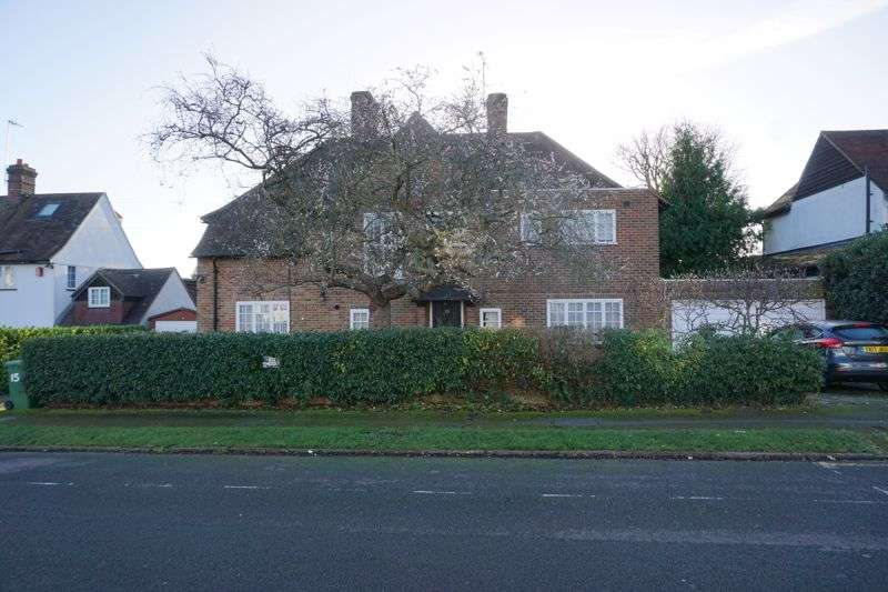 Property for rent in Letchmore Road, Radlett