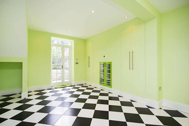 4 Bedrooms House for sale in Caledonian Road, Islington, N1