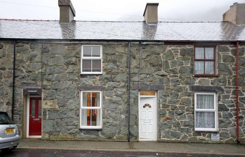 3 Bedrooms Terraced House for sale in Nant Peris, Caernarfon, Gwynedd, LL55