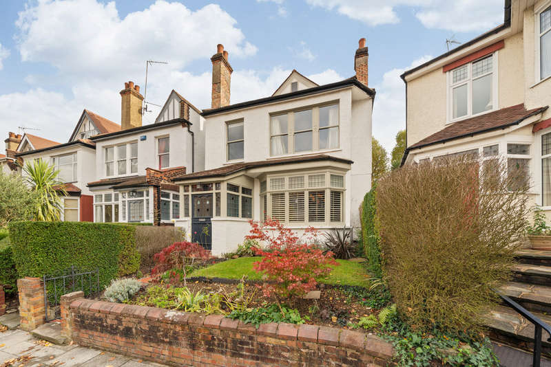 4 Bedrooms Semi Detached House for sale in Vallance Road, London