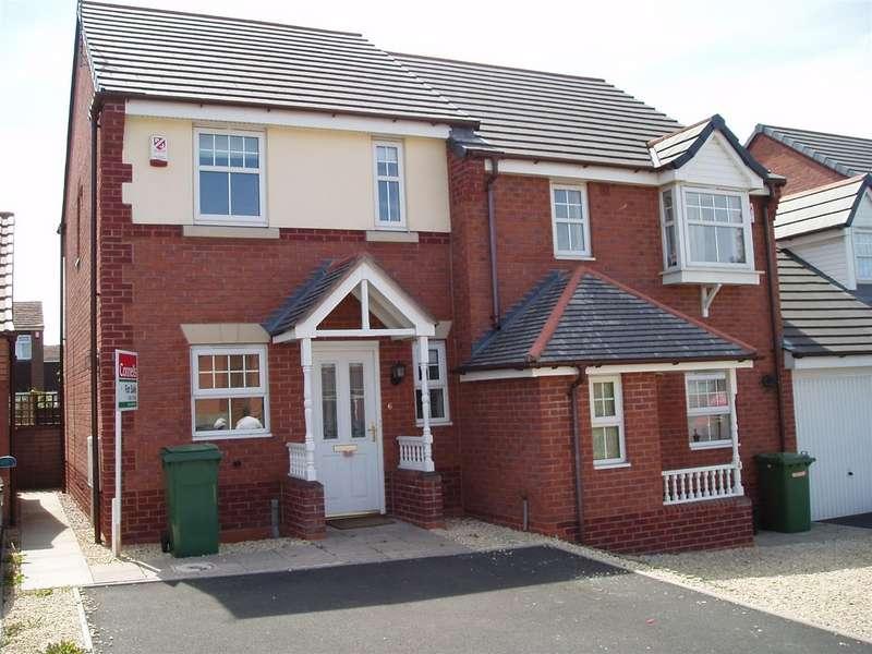 2 Bedrooms Semi Detached House for rent in Alderley Crescent, Walsall