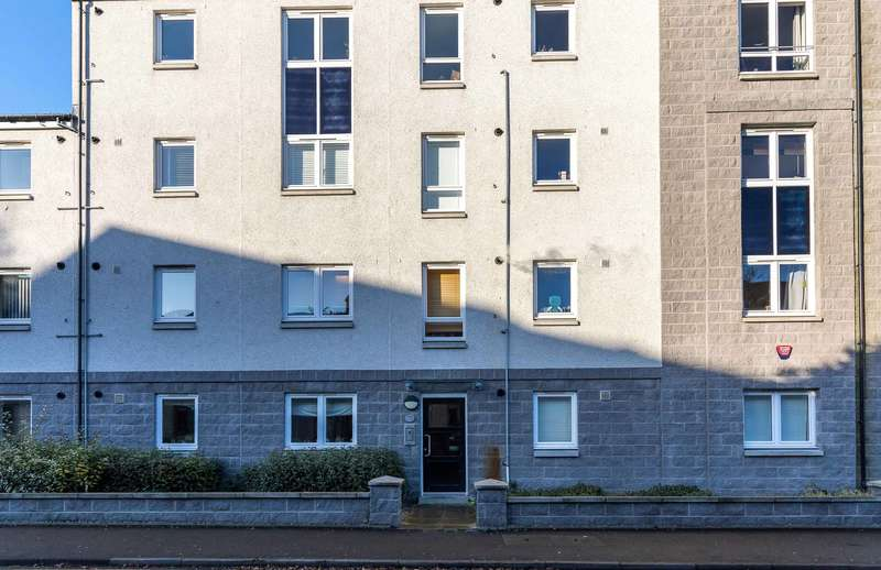 2 Bedrooms Ground Flat for sale in Spencer Court, 36 Froghall Terrace, Aberdeen, AB24 3PF