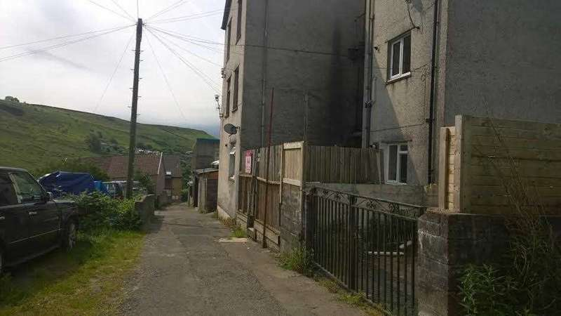 1 Bedroom Apartment Flat for sale in East Court, 170/171 East Road, Tylorstown