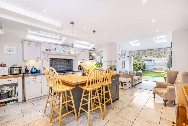 4 Bedrooms House for sale in Midmoor Road, Balham, London