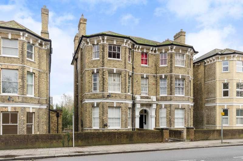 3 Bedrooms Flat for sale in Anerley Road, Penge, SE20