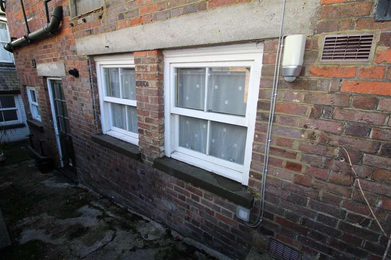 Property for rent in William Street, Markyate, St. Albans