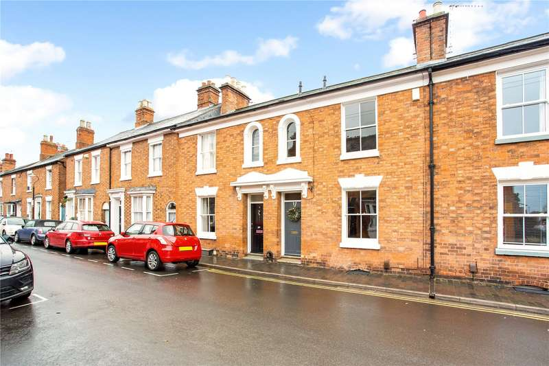 3 Bedrooms Terraced House for sale in Broad Street, Stratford-upon-Avon, CV37