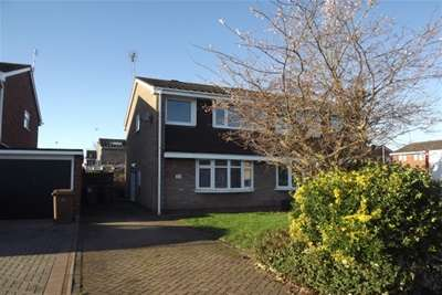 3 Bedrooms Semi Detached House for rent in The Bramblings, ST17