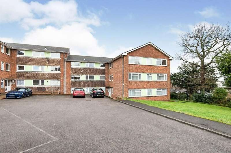 2 Bedrooms Flat for rent in Rectory Close, St. Leonards-On-Sea, TN38