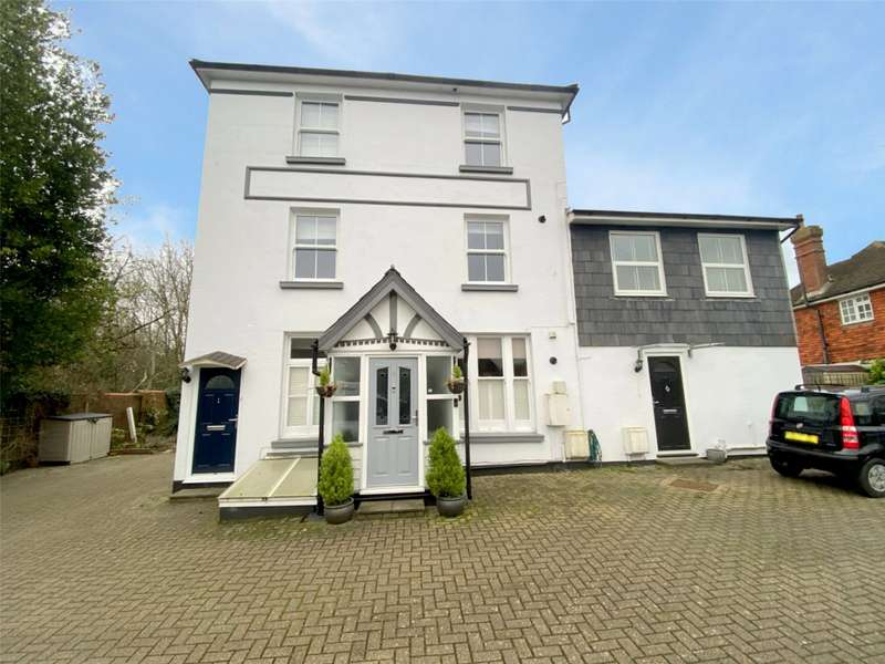 2 Bedrooms Maisonette Flat for sale in The Firs, Jarvis Lane, Steyning, BN44