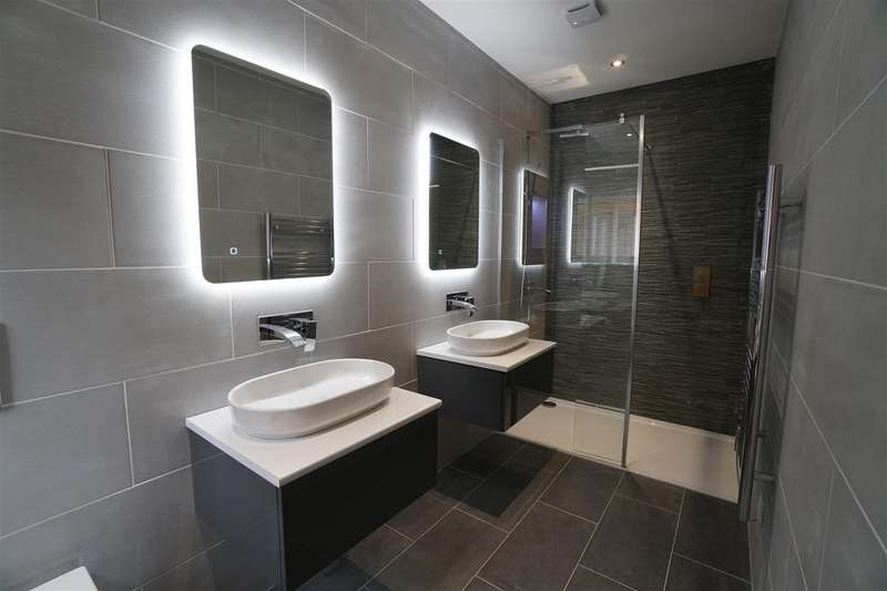6 Bedrooms Detached House for sale in Wolviston Village