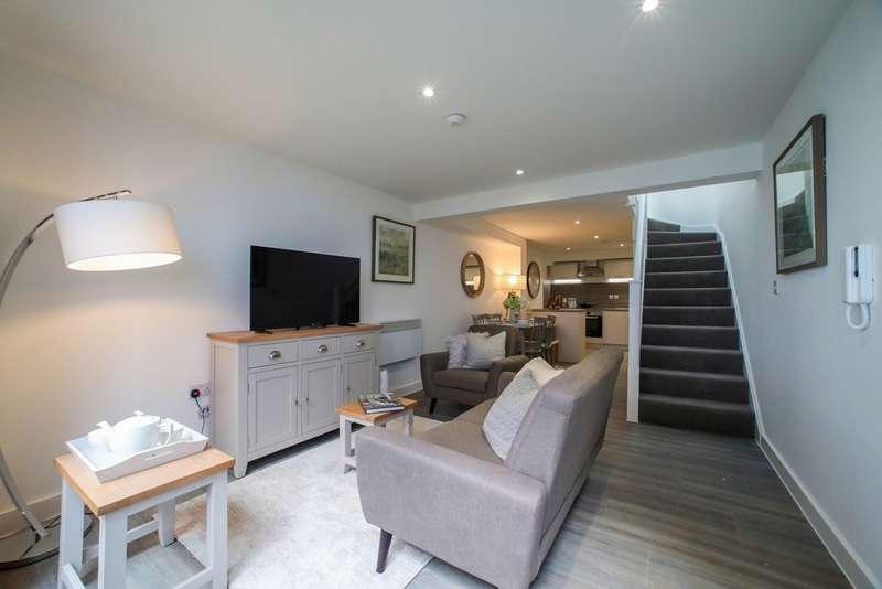 2 Bedrooms Flat for sale in 19 Derngate Lofts, 9 Derngate