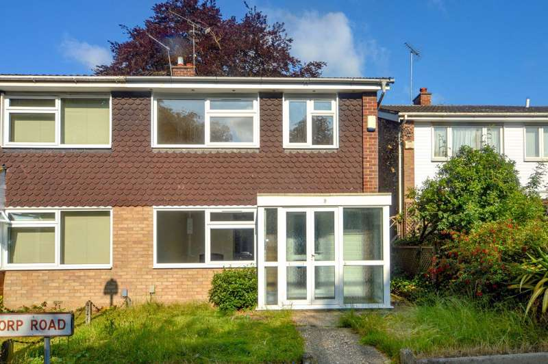 3 Bedrooms House for rent in Althorp Road, St Albans AL1 3HP