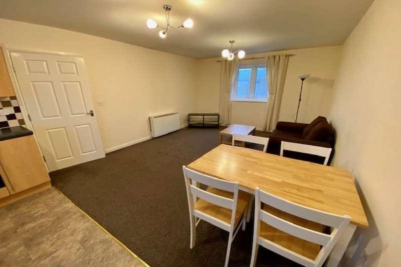 2 Bedrooms Flat for sale in Langwood Court, Haslingden, Rossendale, BB4