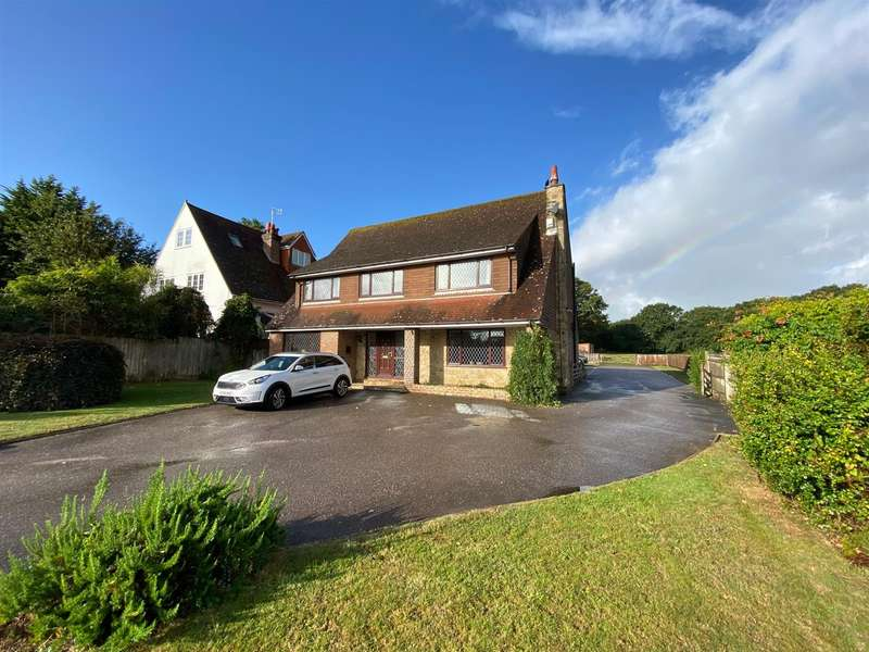 4 Bedrooms Detached House for sale in Sandhurst Lane, Bexhill-On-Sea