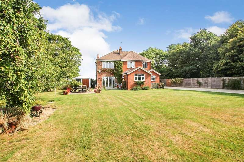 5 Bedrooms Detached House for sale in Winslow Road, Wingrave