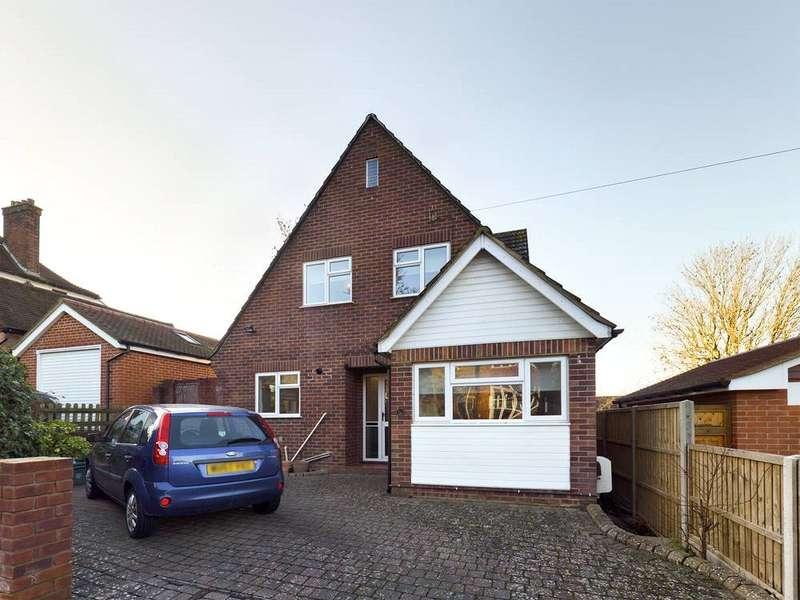 4 Bedrooms Property for rent in The Drive, Tonbridge