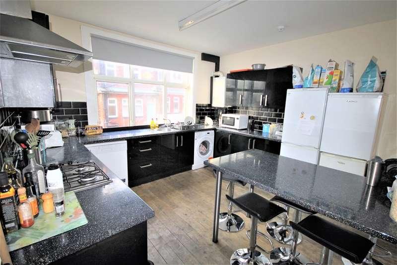 6 Bedrooms Terraced House for rent in Richmond Mount, Hyde Park, Leeds, LS6