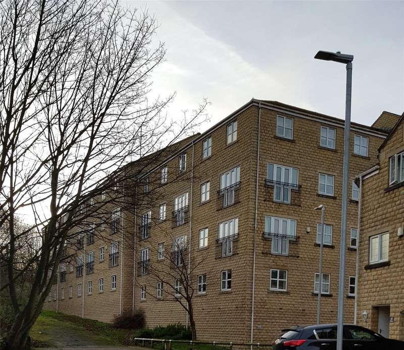 2 Bedrooms Apartment Flat for rent in Croft Court, Mount Lane, Rastrick, Brighouse, HD6