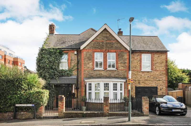 5 Bedrooms Detached House for sale in Church Avenue, Sidcup, DA14 6BU
