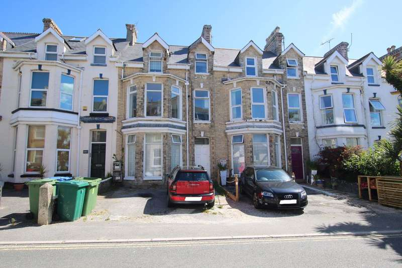 2 Bedrooms Flat for rent in Tolcarne Road, Newquay